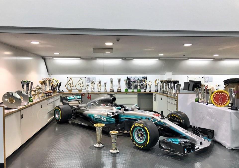 Mercedes-AMG W 09 EQ POWER+ – Hear the car of the next Formula 1 season get fired up