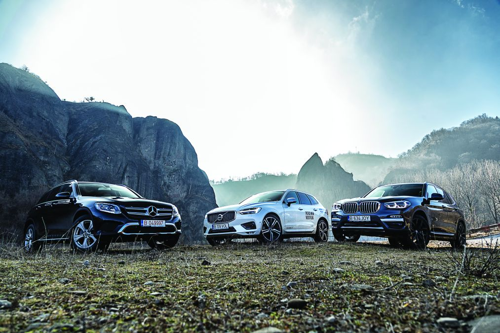 Comparative test drive BMW X3 xDrive 20d, Mercedes GLC 250d 4Matic, Volvo XC60 D5 AWD