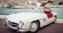Nico Rosberg takes us on a spin in Monaco in his 1955 Mercedes-Benz 300SL Gullwing
