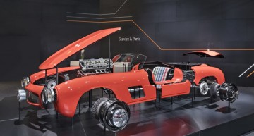 Mercedes-Benz 300 SL Gullwing reborn: Brand new original body parts for Mille Miglia legend
