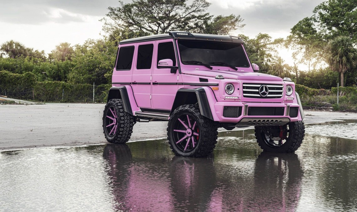 Oh, no, Barbie! What have you done to the Mercedes-Benz G500 4×4²?