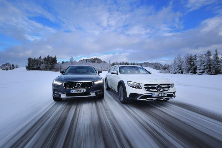 Soccer mom darlings: Mercedes E 220 d All-Terrain versus Volvo V90 Cross Country D4