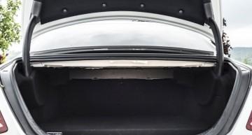 Mercedes E 350 e 450 liter boot