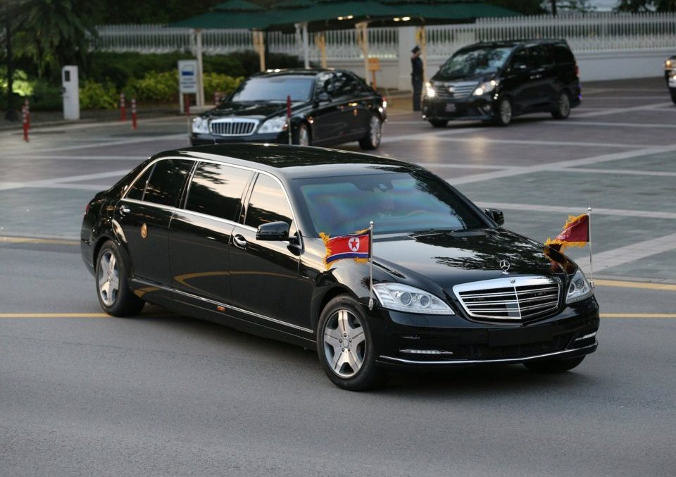 Kim Jong Un seen in 1 million USD bulletproof Mercedes S 600 Pullman