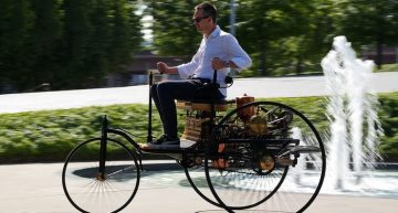1886 Mercedes-Benz Patent Wagen Tested: The first car in the world