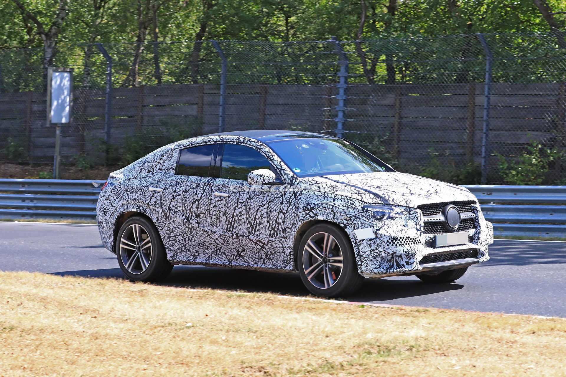 Scoop 2020 Mercedes Benz Gle Coupe Tested On The