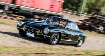Mercedes 300 SL Gullwing owner reward thief with 250,000 euro