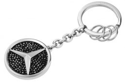 Mercedes-Benz for Her from Swarovski – Shine bright like the Mercedes star