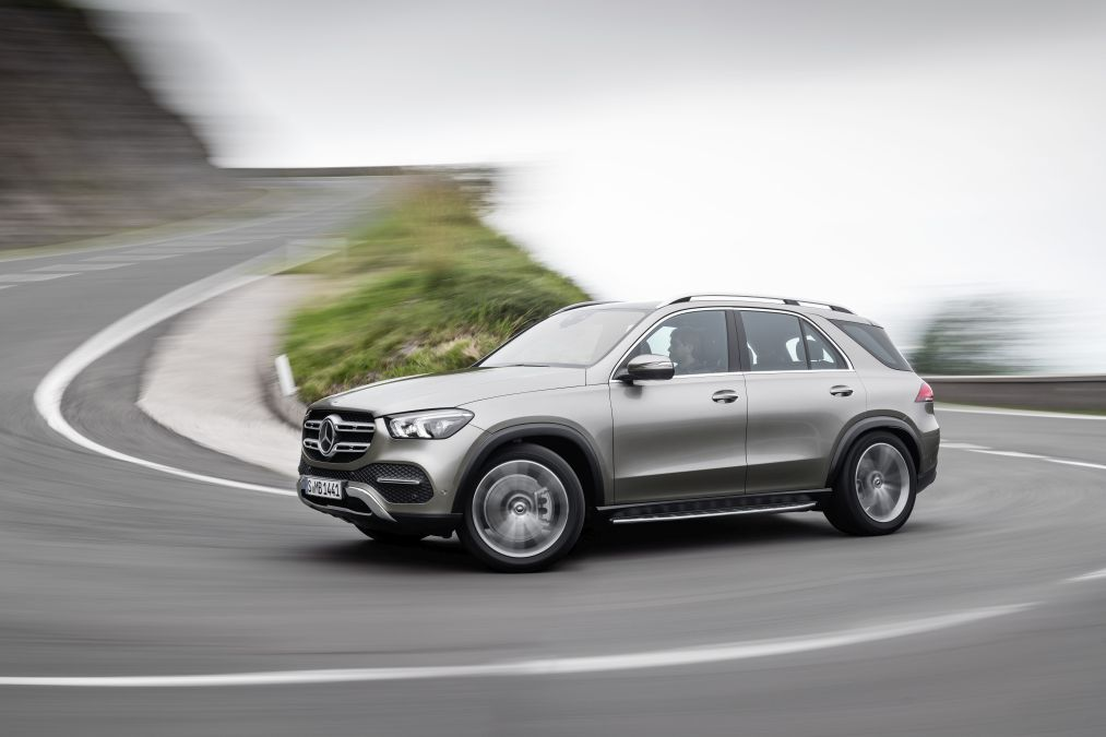 Official: the new Mercedes GLE – option for 7 seats and innovative active suspension