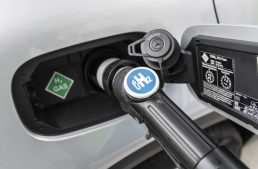 Daimler set to abandon production of hydrogen-powered cars