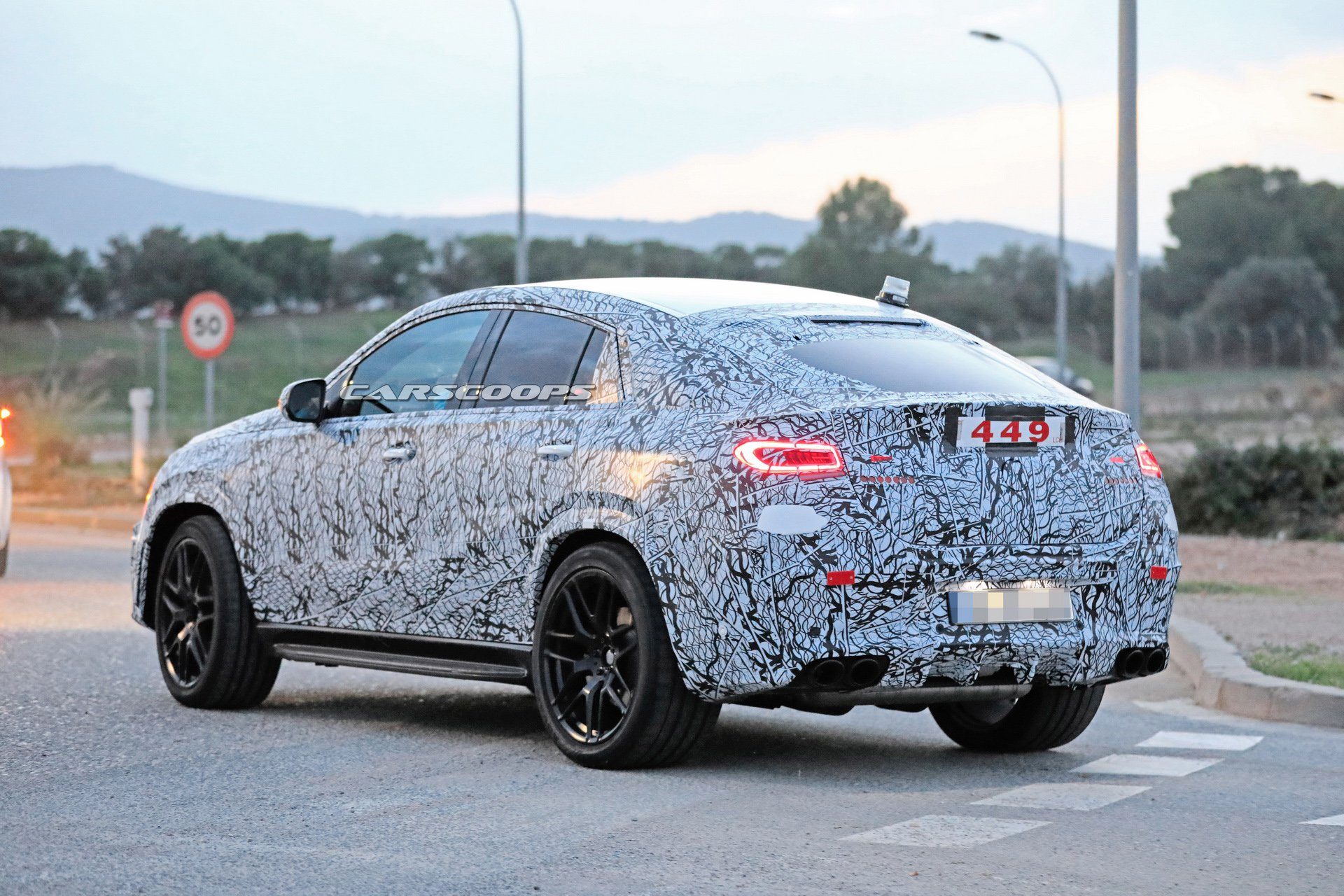 2020 Mercedes-Benz GLE Coupe reveals its sexy looks - MercedesBlog