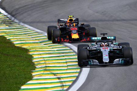 Mercedes-AMG Petronas Motorsport World Champions (2)