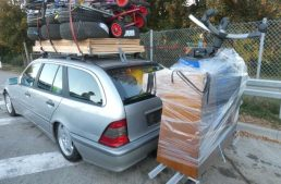 He wished he had an X-Class instead. German driver carries all with his C-Class T-Modell