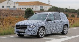 Mercedes-AMG GLB 35 shows up for the first time: Sporty compact SUV with 306 hp