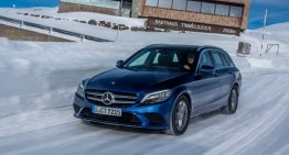World first: Mercedes-Benz C 220 d diesel just as green as an EV
