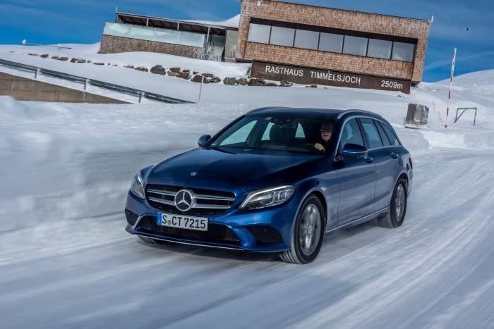 World first: Mercedes-Benz C 220 d diesel just as green as an EV
