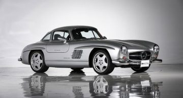 A Mercedes-Benz 300 SL restored by AMG is auctioned. Still original?