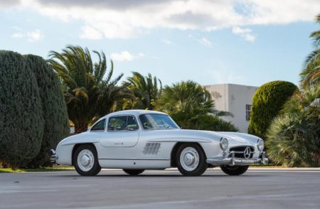 Mercedes-Benz 300 SL Gullwing Coupe 3