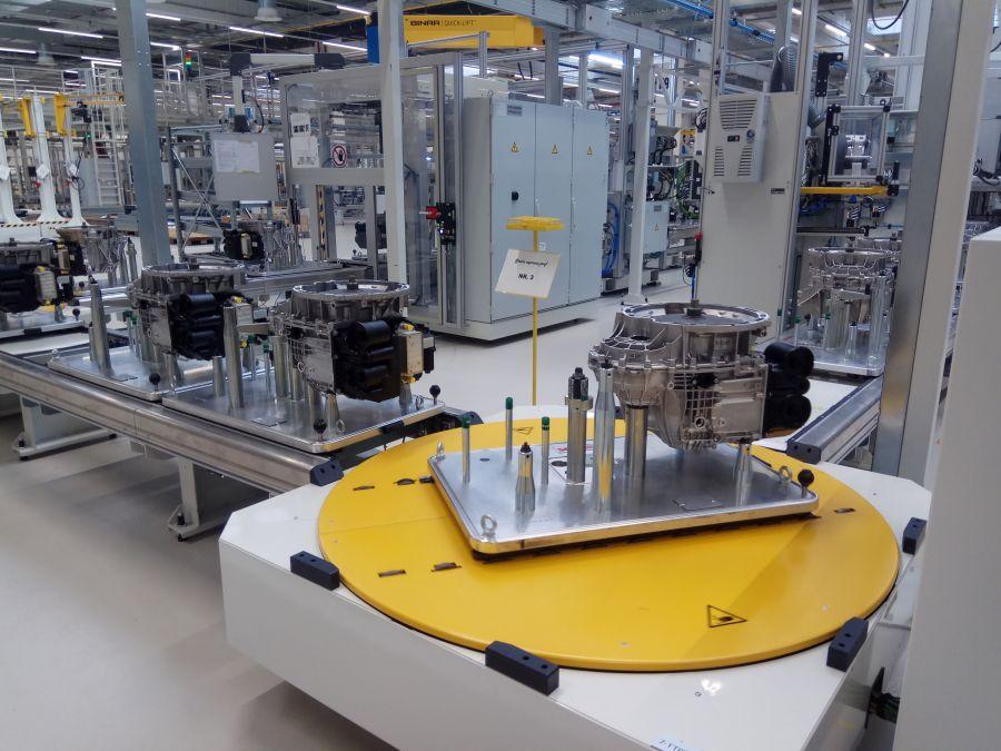 Mercedes factory Sebes 8G-DCT gearbox (12)