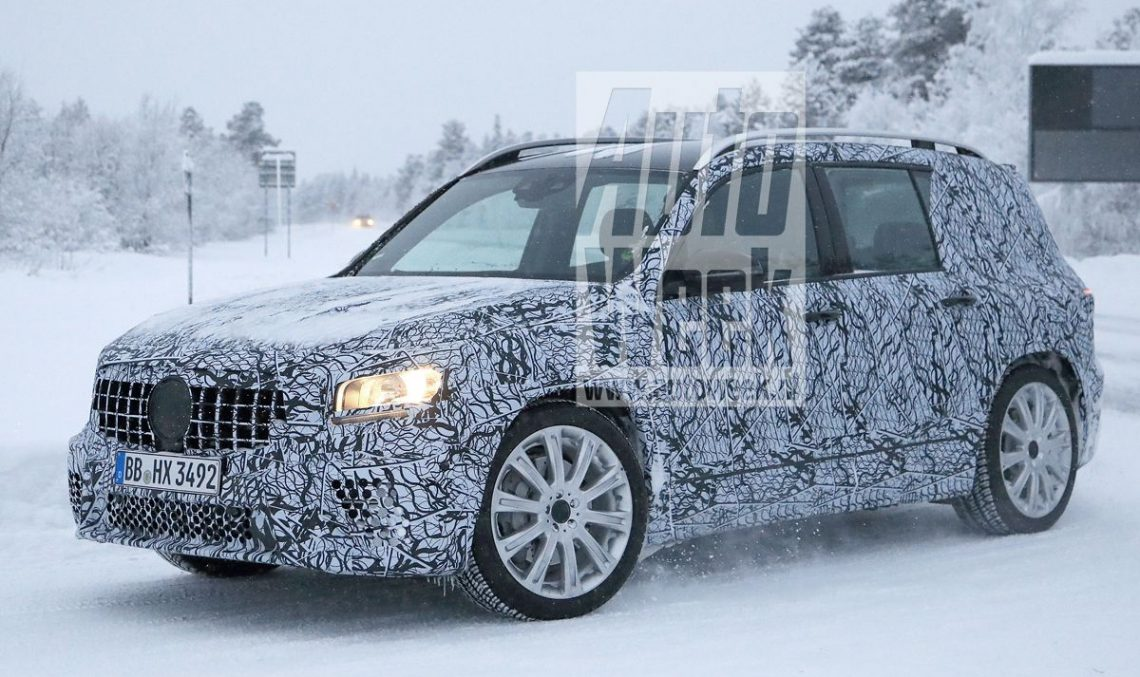The future 2020 Mercedes-AMG GLB 35 caught testing (again)