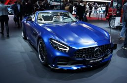 LIVE from Geneva 2019: Mercedes-AMG GT R Roadster – Summer may begin