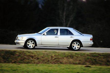 Mercedes-Benz E 500 (5)