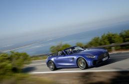 The new Mercedes-AMG GT R Roadster – Official data and information