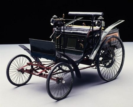 Debut-of-the-Benz-Motor-Velocipede-125-years-ago-in-April-1894-The-worlds-first-mass-production-automobile