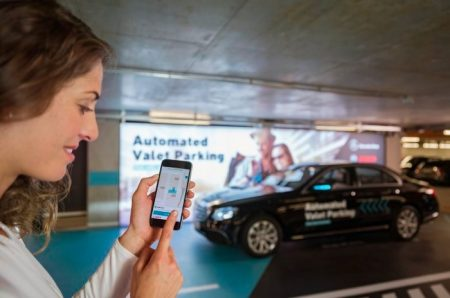 Daimler and Bosch driverless parking (1)