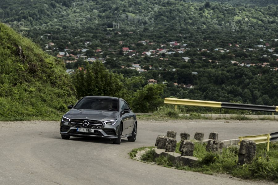 Test drive Mercedes-Benz CLA 220