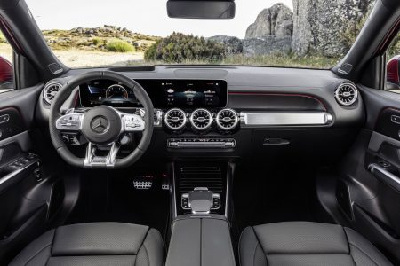 New Mercedes-AMG GLB 35 4MATIC (10)