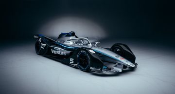 Mercedes-Benz EQ Formula E Silver Arrow 01 – And so the story begins