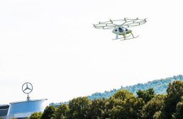 First urban flight of Volocopter takes place at the Mercedes-Benz Museum