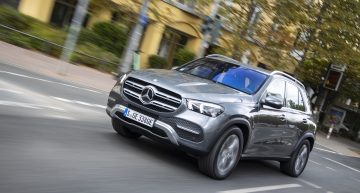 First test Mercedes GLE 350 de plug-in hybrid mega SUV