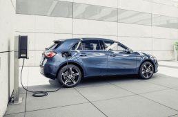 20 plug-in hybrid models till the end of 2020: Mercedes, first maker to offer DC charging