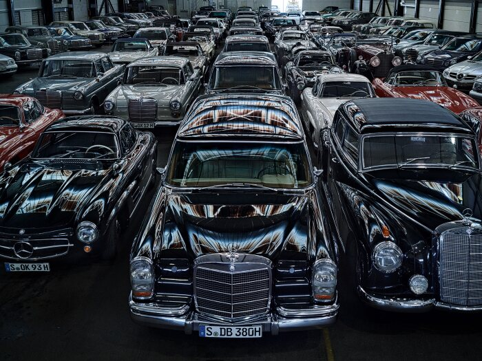 Holy Halls. The Mercedes-Benz treasure chambers. What do they hide?
