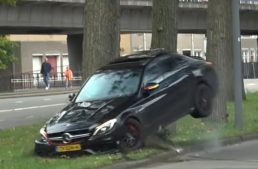 Drift fail – Mercedes-AMG C63 ends up hitting a tree