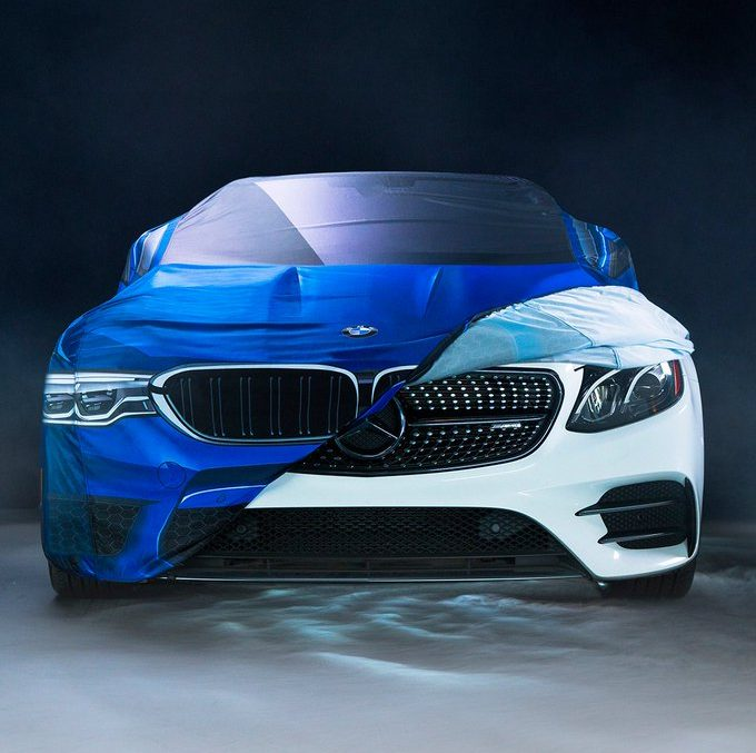 Halloween trolling – Mercedes-Benz and BMW make fun at each other