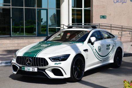 Mercedes-AMG GT 63 S police car in Dubai (3)