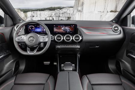 New Mercedes-AMG GLA 35 (1)
