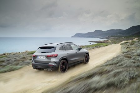New Mercedes-Benz GLA (17)