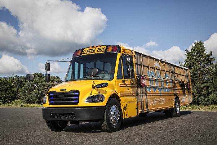 Off to school with zero emissions. State of Virginia buys 50 electric Mercedes-Benz electric buses