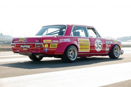 Mercedes 300 SEL 'Red Pig' Replica auctioned (2)