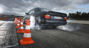 Super test: The Hammer Mercedes-AMG 300 CE 6.0 124 Coupe with a V8 engine