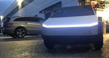 Miniture Tesla Cybertruck pulls Mercedes-Benz R-Class