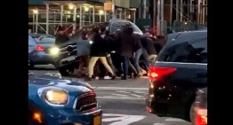 New Yorkers lift a Mercedes-Benz GLE to free a pedestrian trapped under it