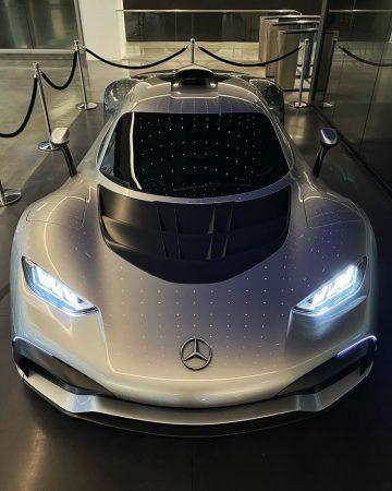 Mercedes-AMG One Mark Whalberg (3)
