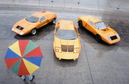 Mercedes-Benz C 111-II turns half a century. Mercedes received blank cheques for it