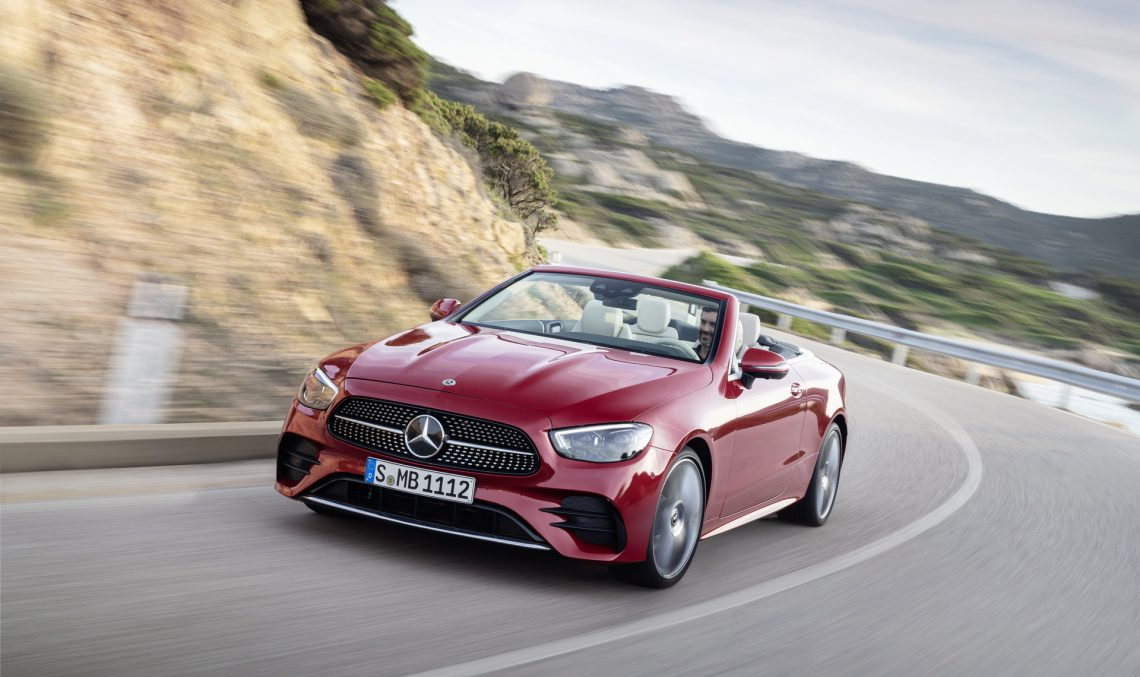 New Mercedes E-Class Coupe and Cabriolet are here. Official data and photo gallery