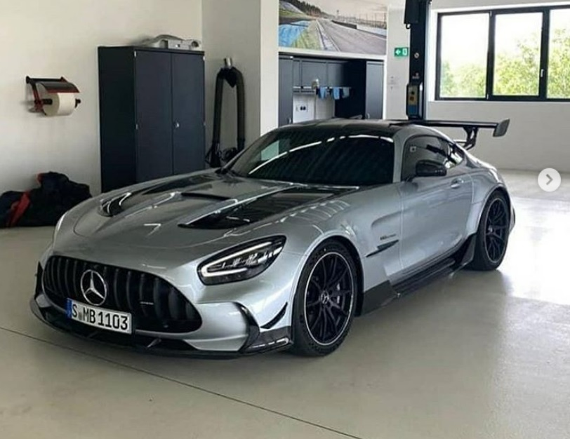 Leaked: The Mercedes-AMG GT R Black Series shows up online
